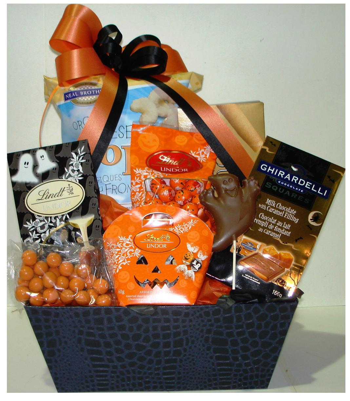 Halloween Spooky Basket.Spooky Treats Nutcracker Sweet Gift Baskets